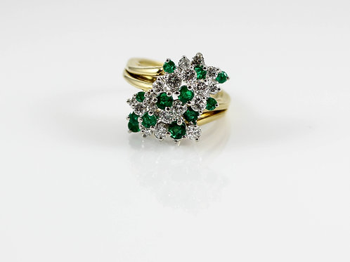18k Yellow Gold Diamond and Emerald Cocktail Ring