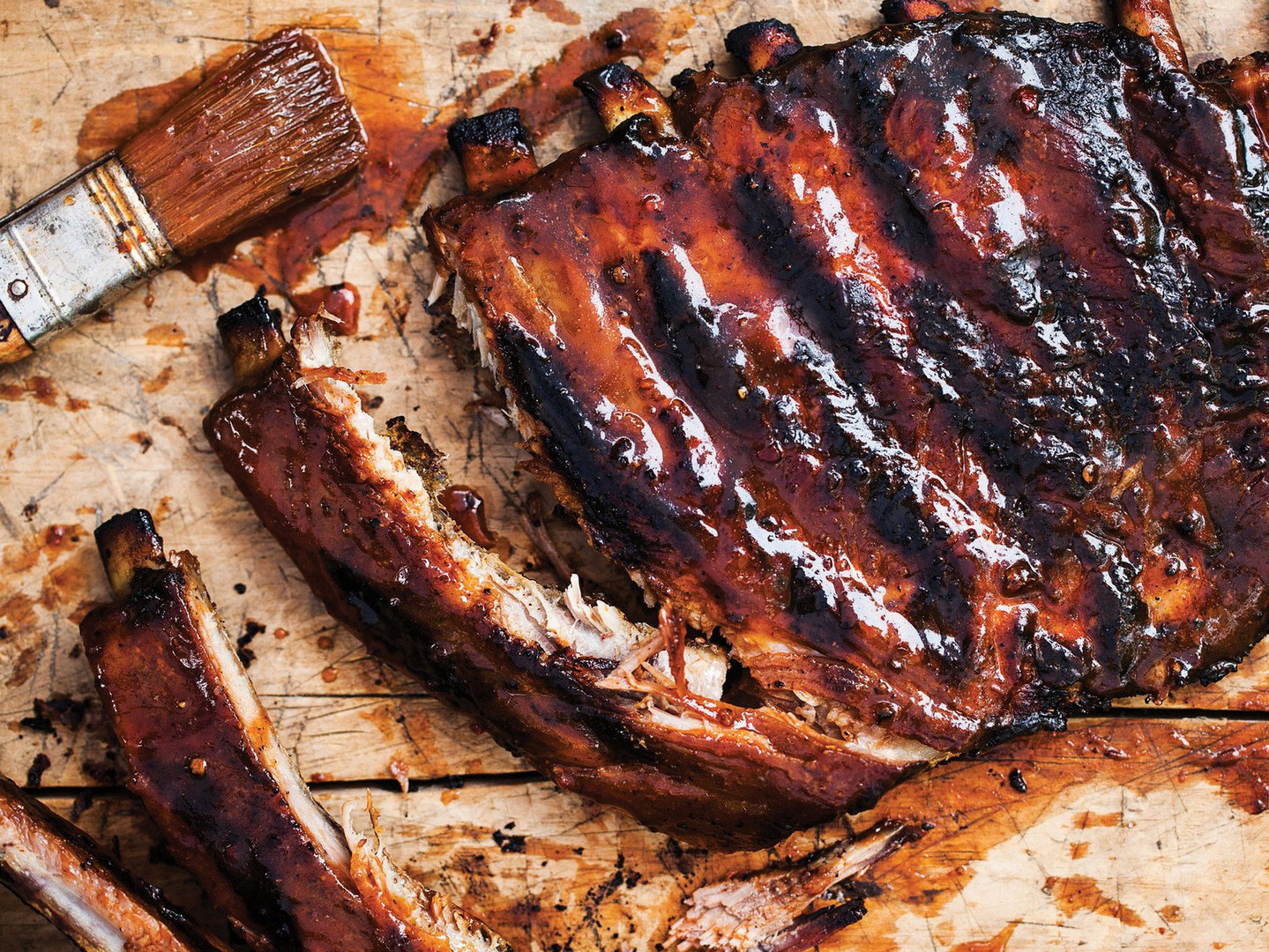 barbecue-ribs-on-grill-wallpaper.jpg