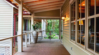 Porch+to+Main+House.jpg