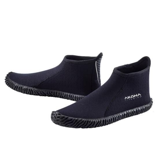 Akona boot