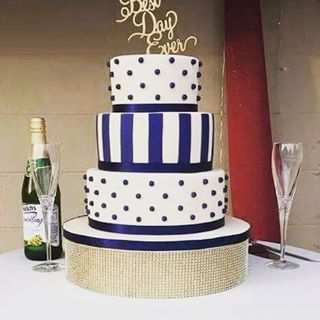 #absolutelycake #militarywedding #airforcewedding #navycream #panamacityweddings