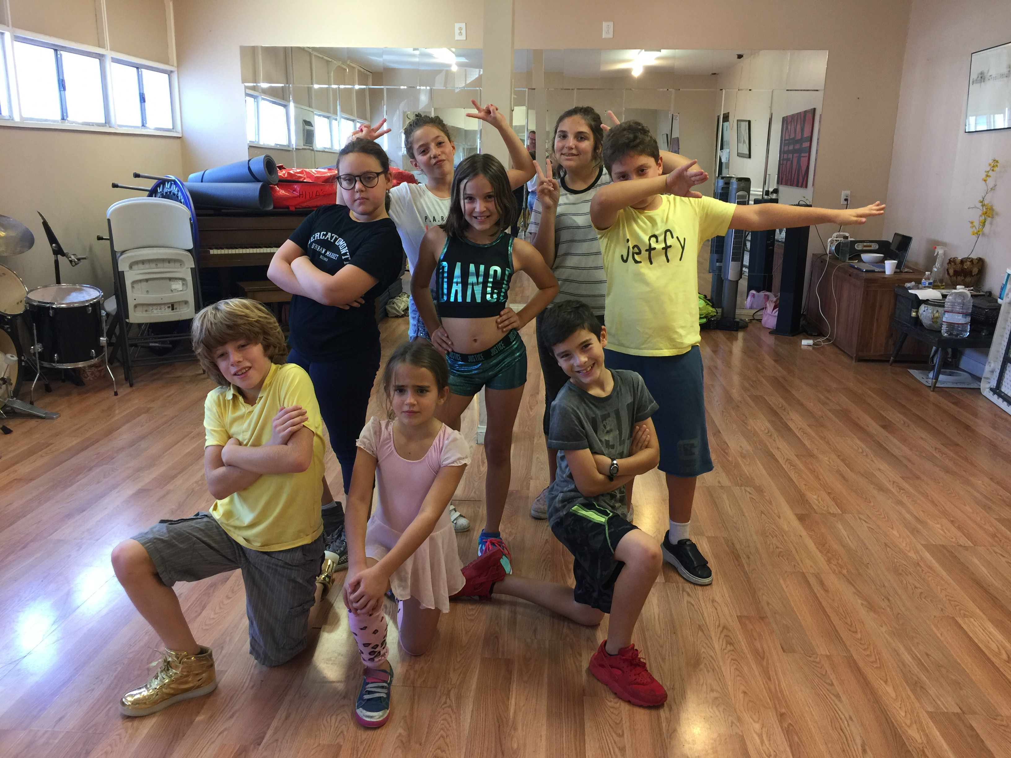 Hip-Hop/Persian Ages 6-8yrs Tue. 4:15PM