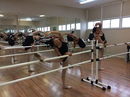 Ballet Class 2-10-18.JPG