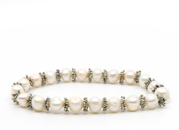 Round Pearl Beaded Bracelet with Metal Dividers