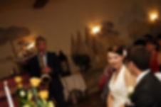 Saxophon und Livegesang währed der Trauungszeremonie? Ihr Hochzeits-Dj Heny macht es möglich!