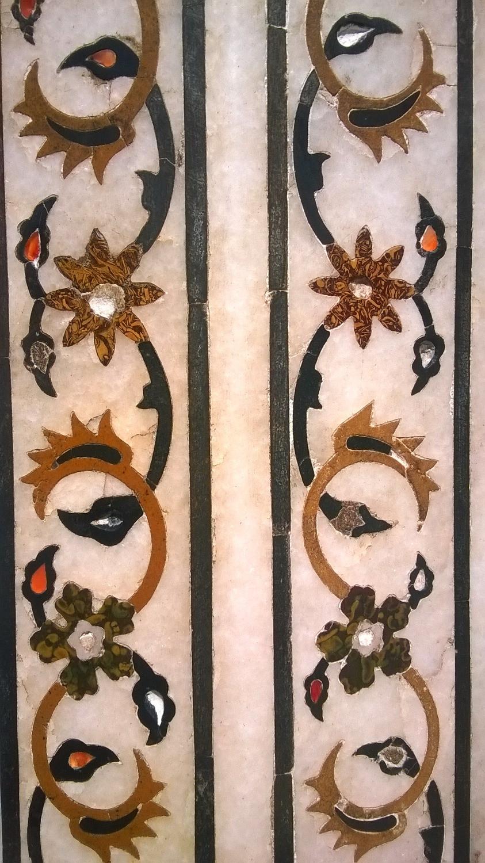 Мраморный орнамент