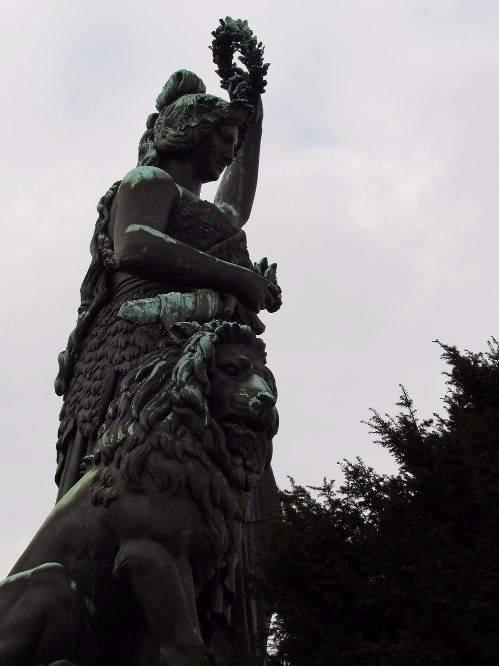 "Статуя ""Бавария"""