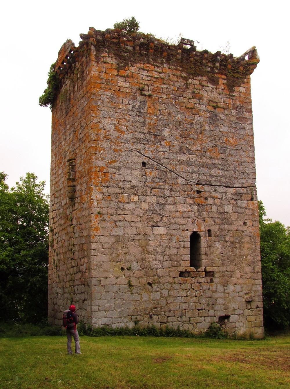 Башня в Кастроверде