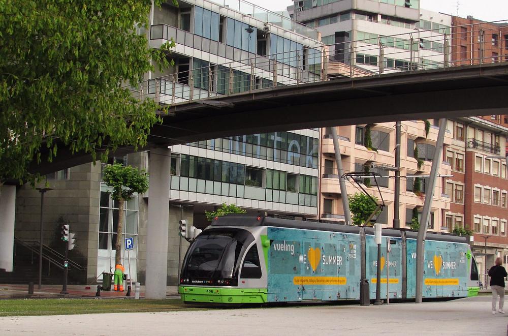 Трамвай в Бильбао