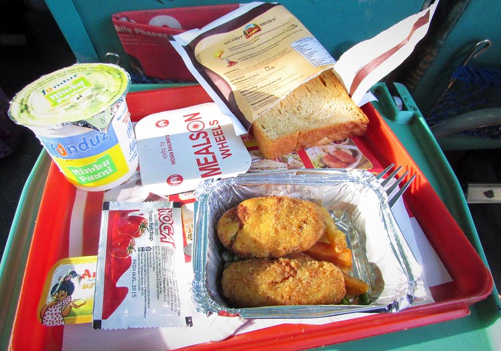 Еда в поезде