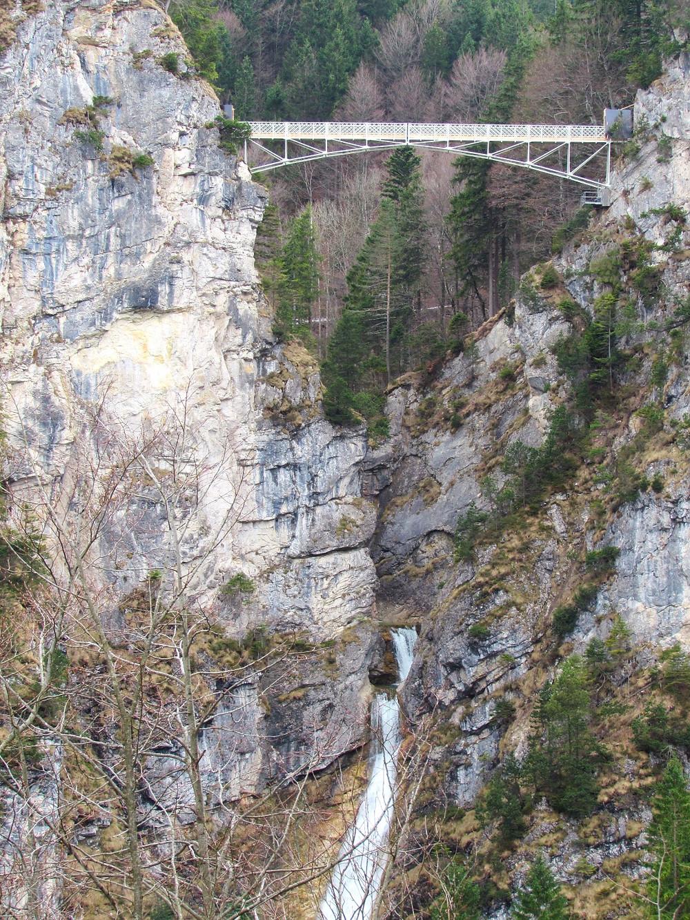 Мост Марии над ущельем Пеллат