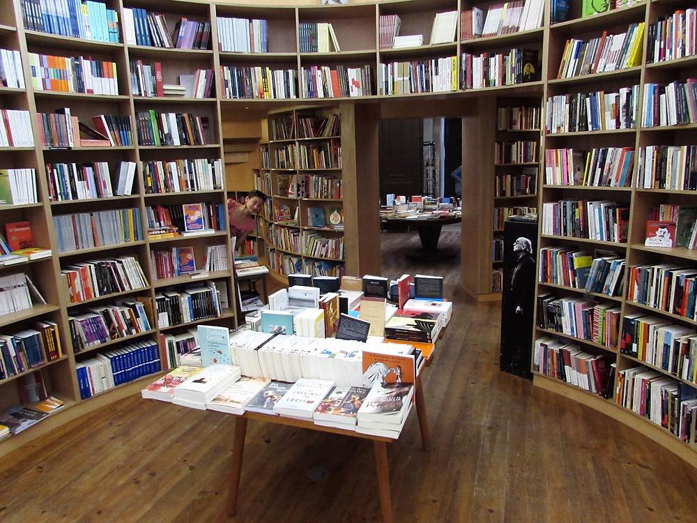 Книжный магазин в церкви