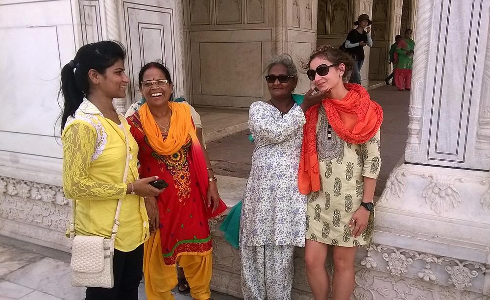 Фото с индианками