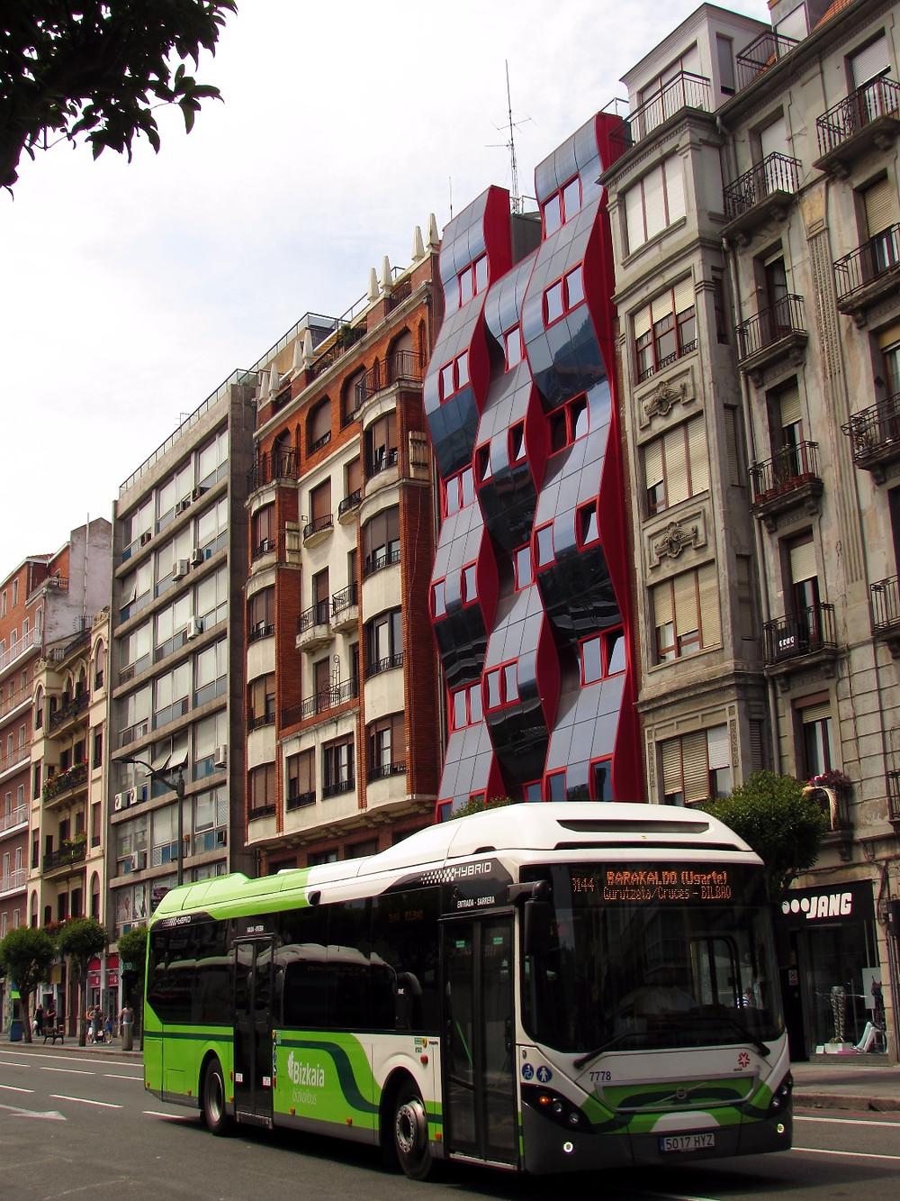 Автобус в Бильбао