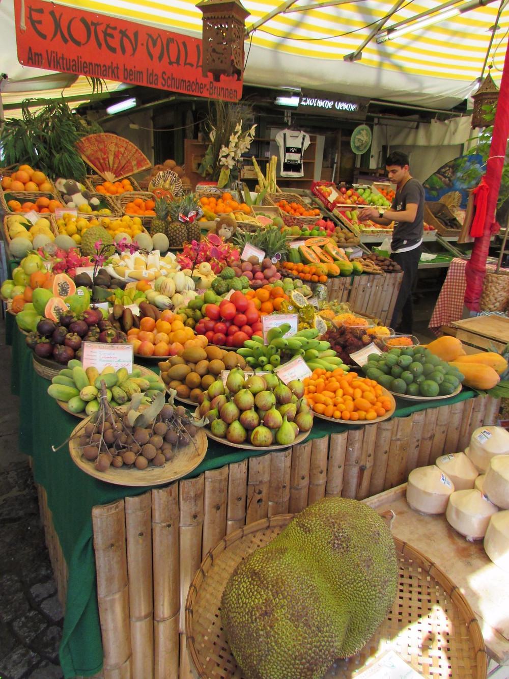 Рынок Виктуалиенмаркт - экзотические фруты