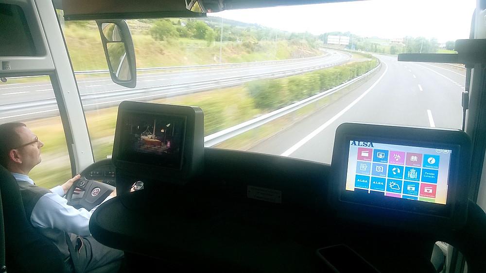 Внутри автобуса ALSA