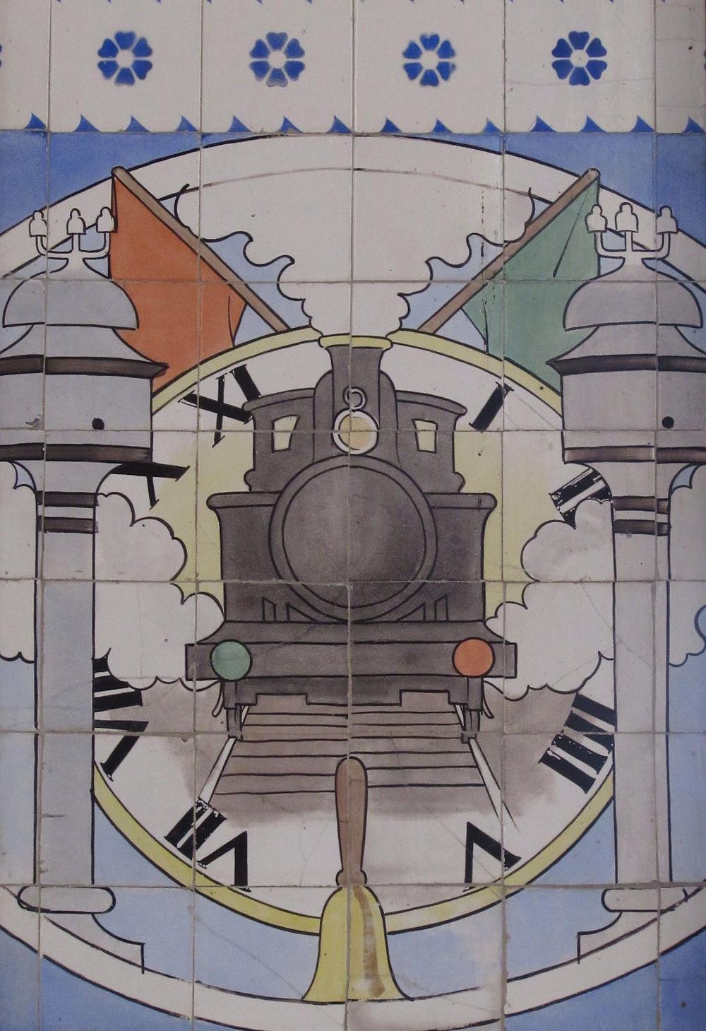 Часы на вокзале Порту