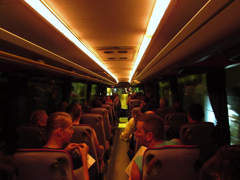 Автобус до старта Афинского марафона