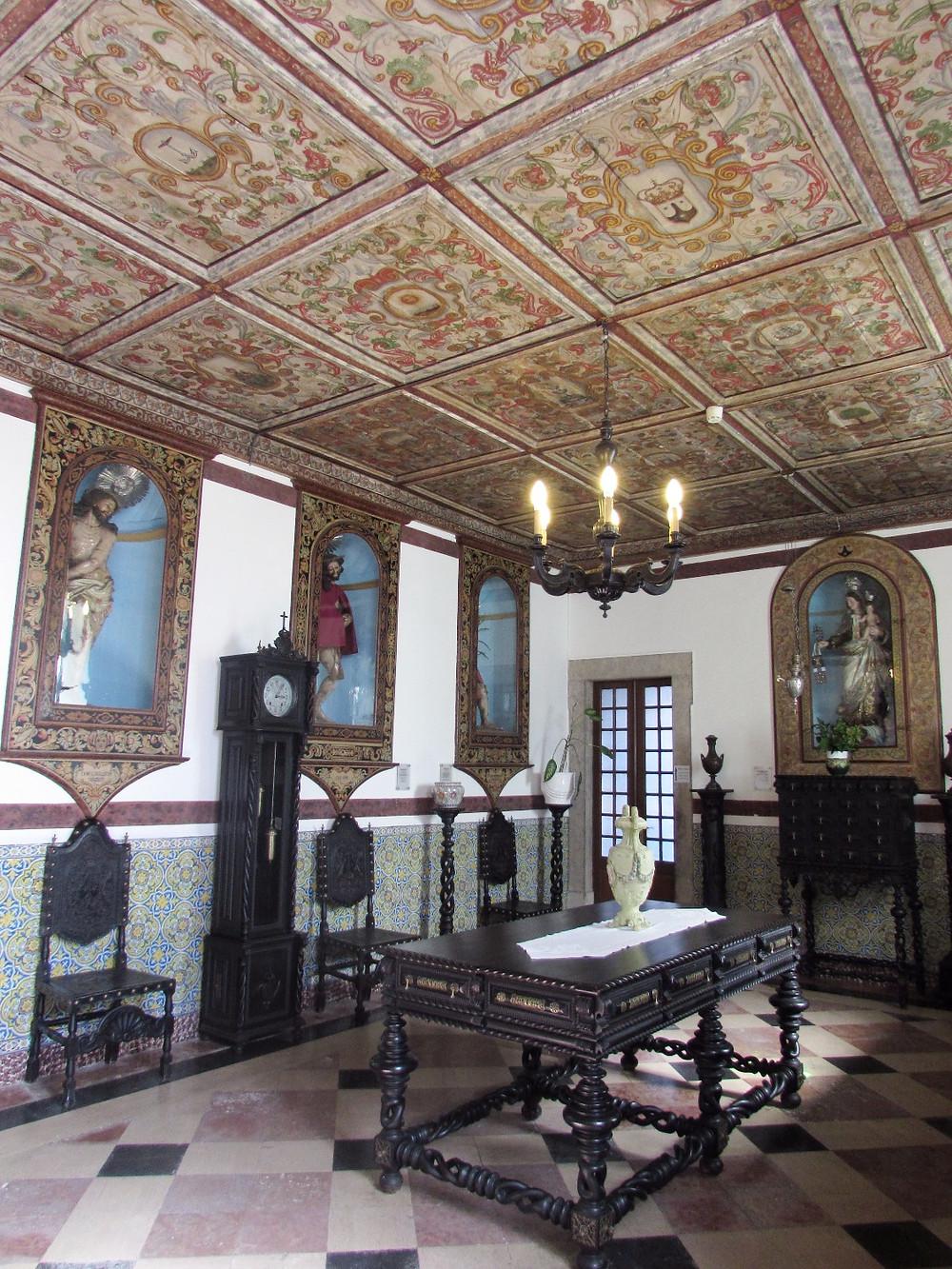 Залы Церкви Богоматери Кармелитов