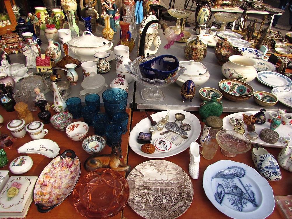 Посуда на блошином рынке