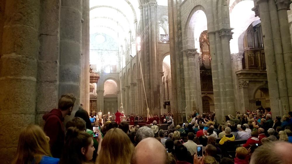 Пилигримы в соборе Сантьяго