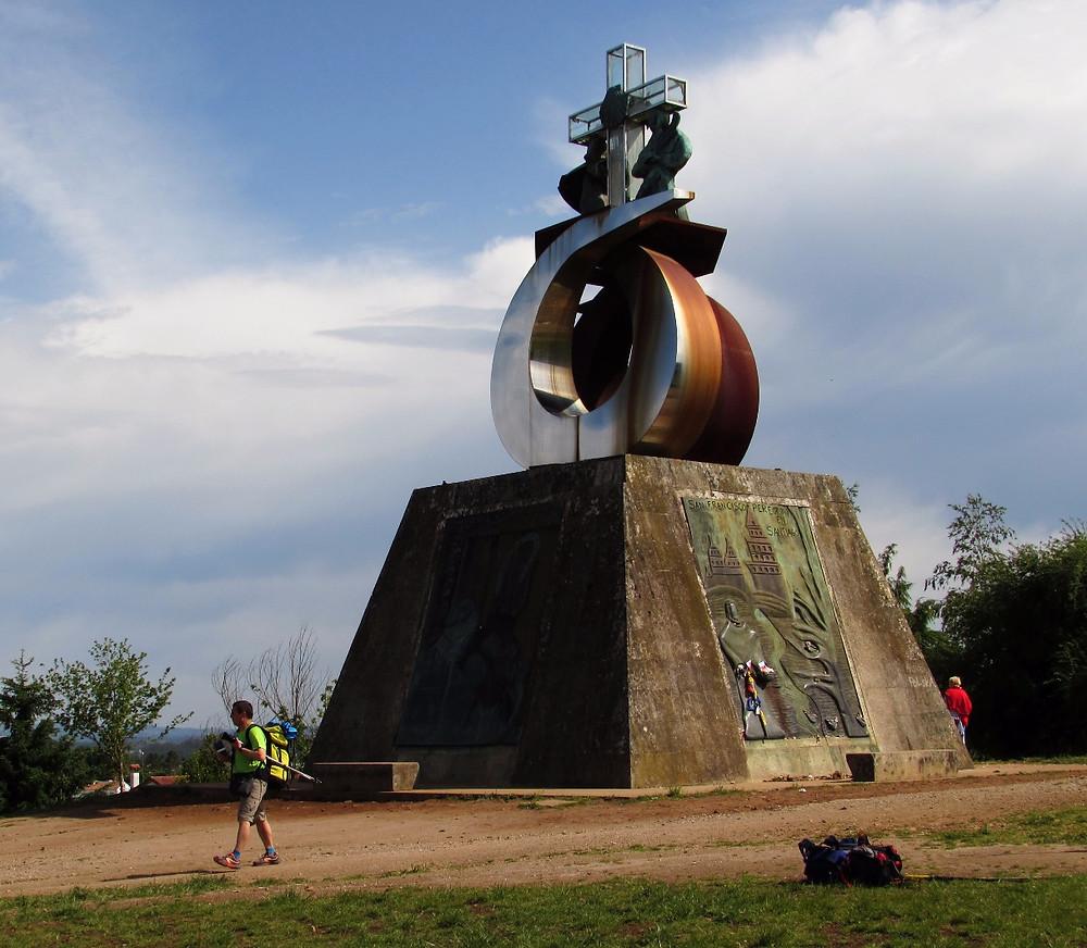 Монумент Монто до Гозо