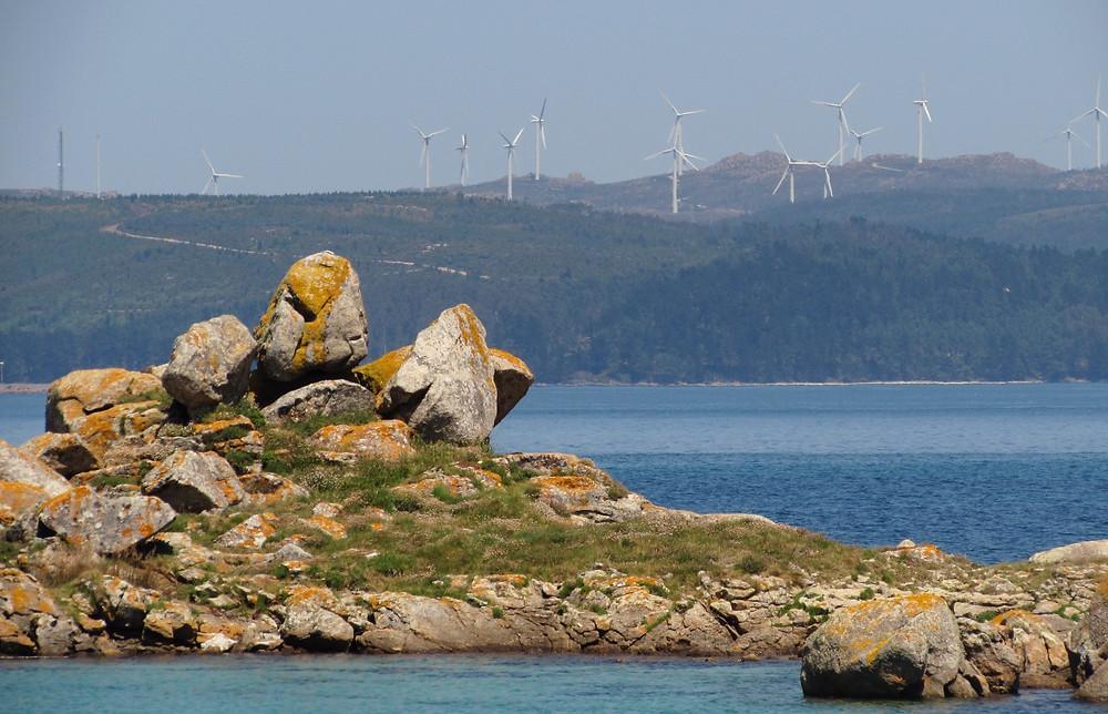 Побережье и ветряки