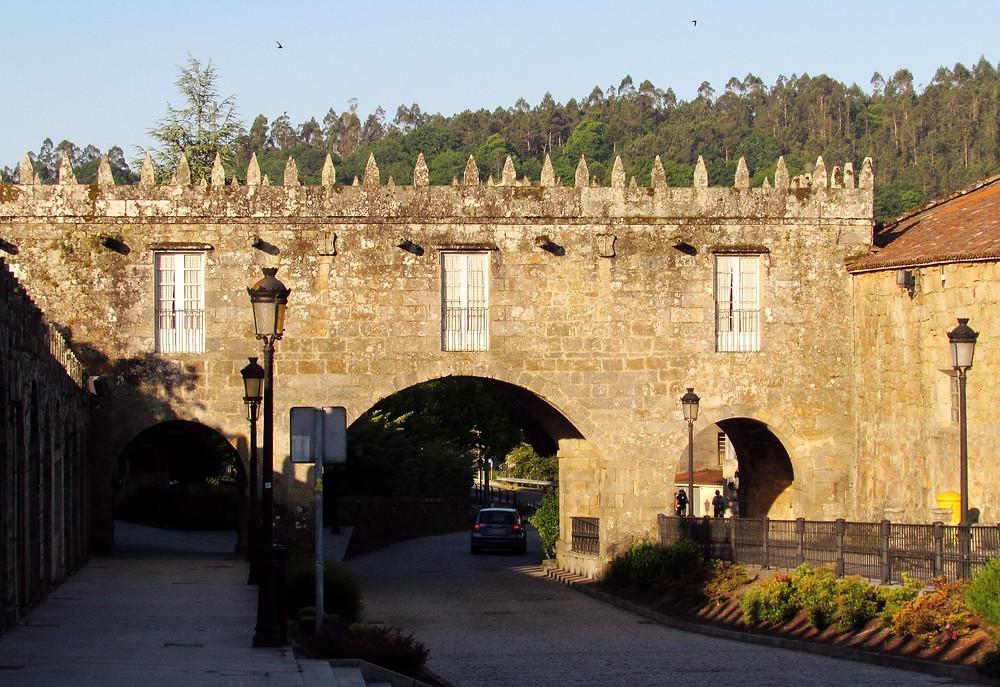 Крепостная стена в Негрейра