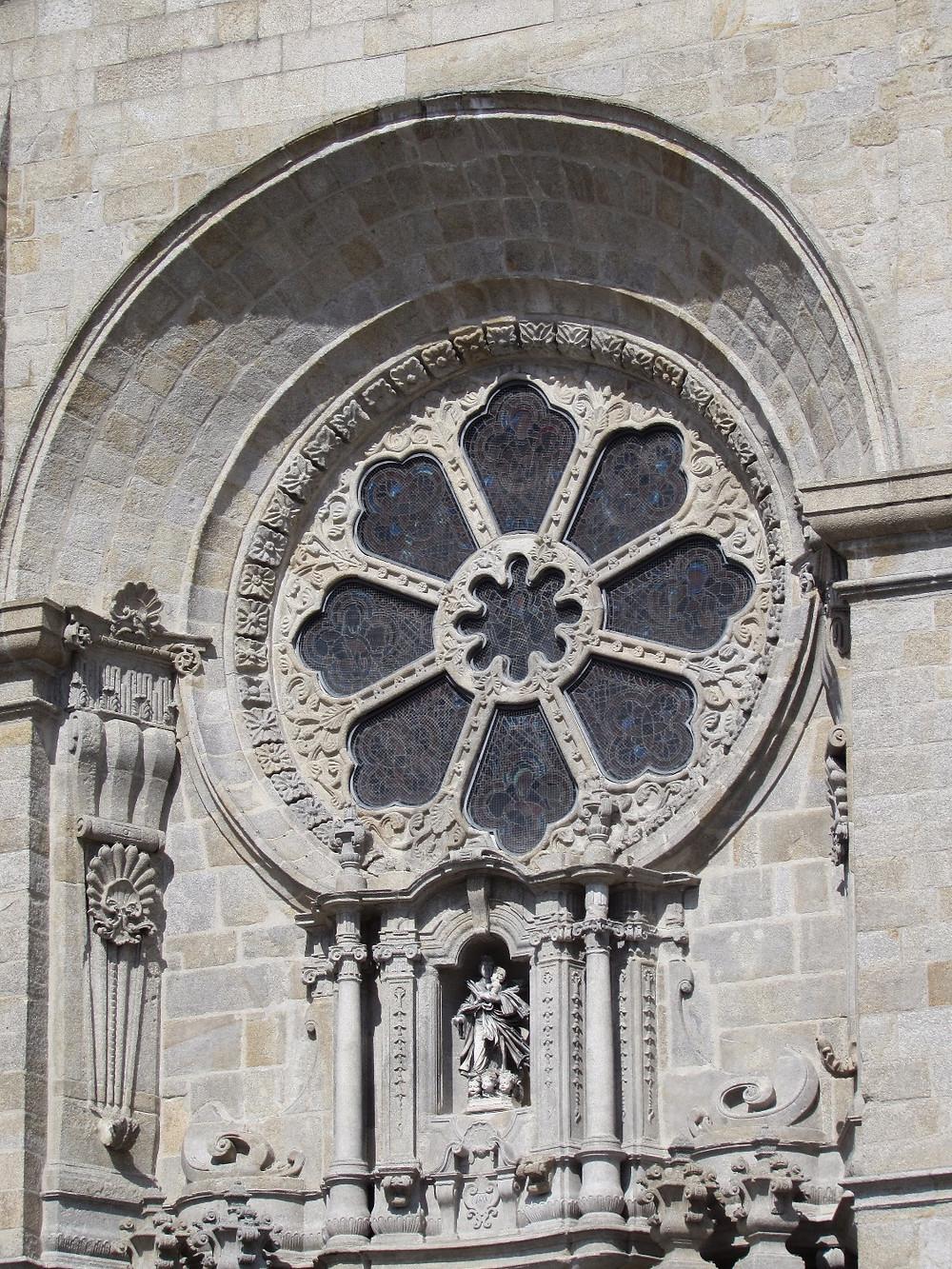 Окно в Кафедральном соборе