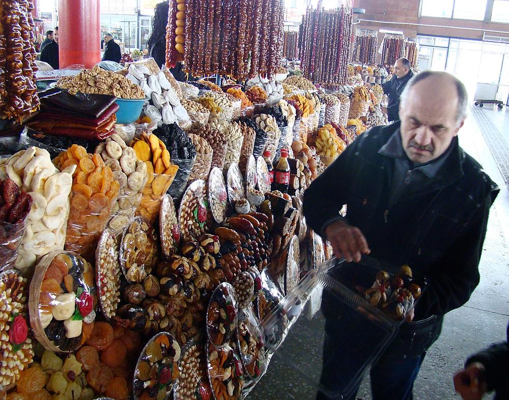Продавец сухофруктов