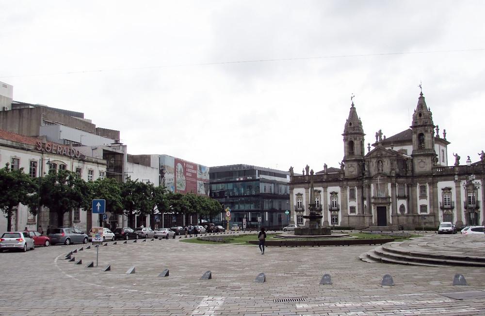 Площадь перед Кафедральным Собором