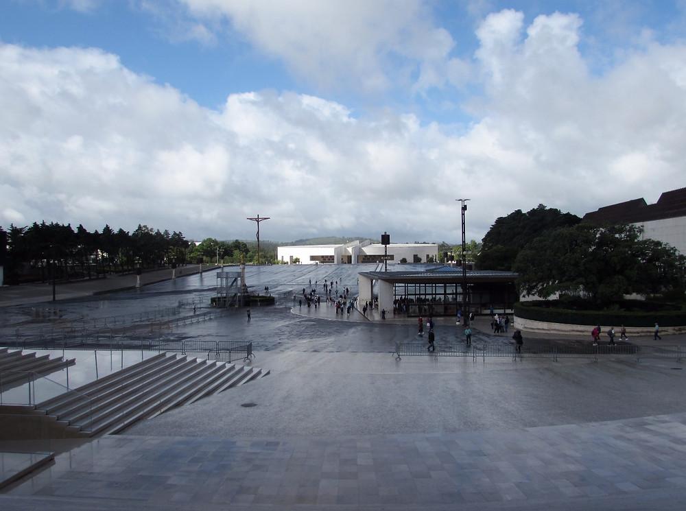 Площадь в храмовом комплексе Фатимы