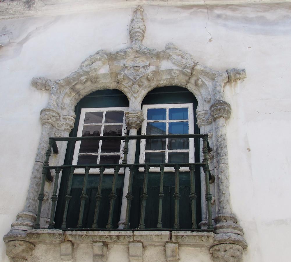 Окно мануэлино