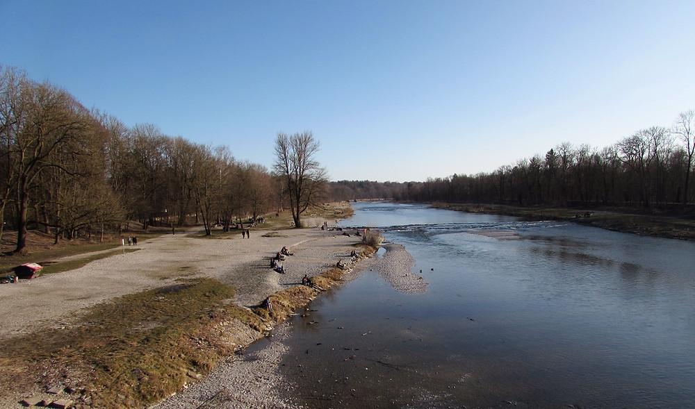 Набережная реки Изар