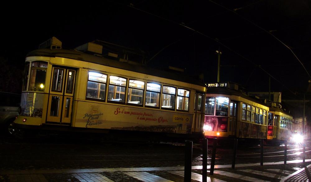 3 вагона трамвая №28