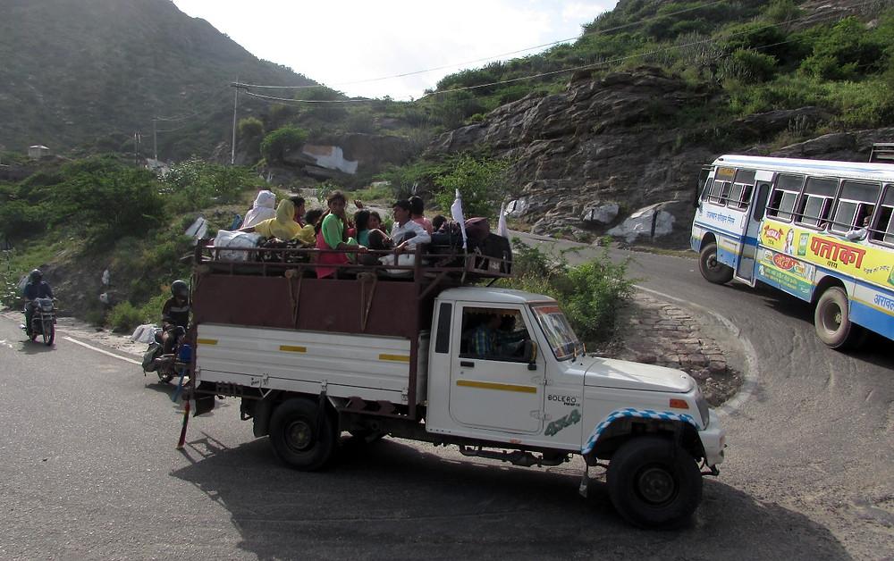 Автобусы с паломниками