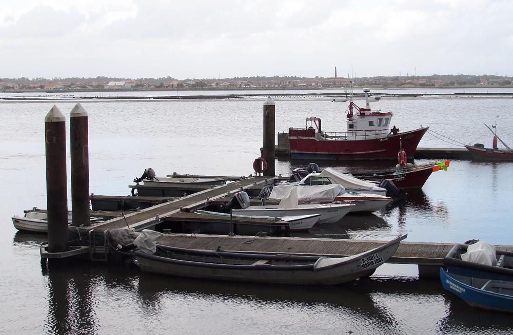 Лодки в Кошта-Нова