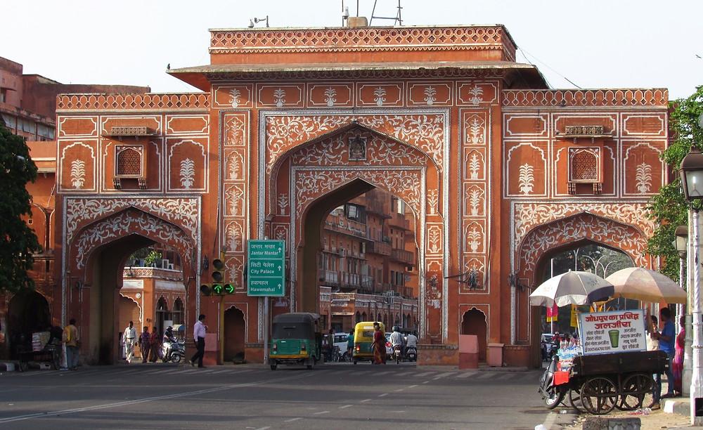 Ворота в городской стене