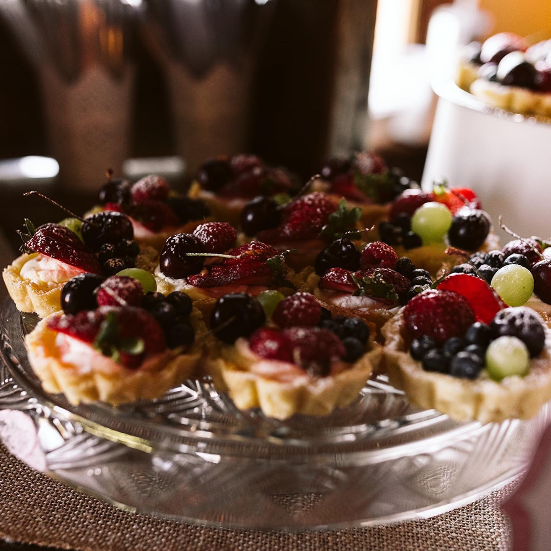 Pretty Fruit Tarts