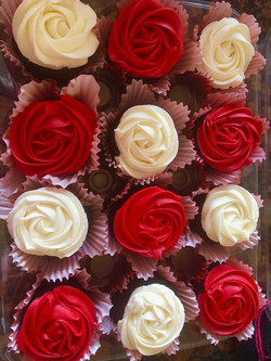 Rose Cupcakespg