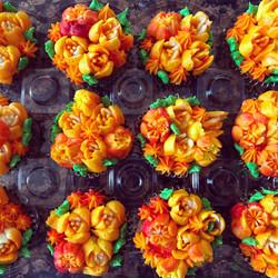 Flower Cupcakes Orange
