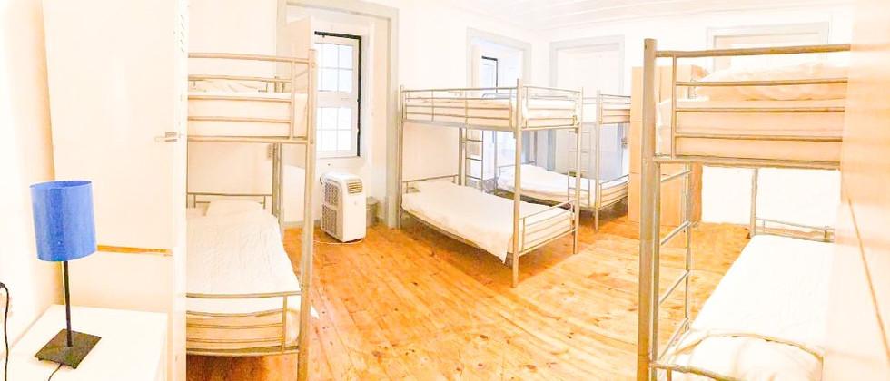 Dorm 8 mixed bed
