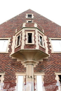 The Walcourt Building