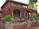 Luster Lyons Mansion