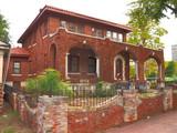 Luster-Lyons Mansion