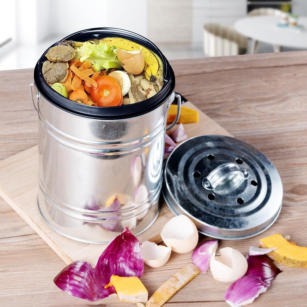 Composters, zero waste, and garden supplies