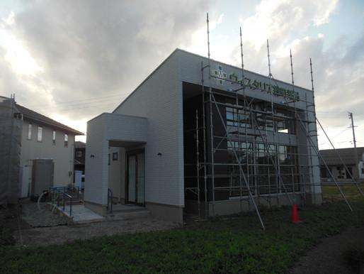 ウィスタリア緑町薬局さま、もうすぐ完成です