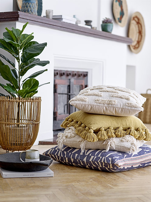 WHITE COTTON EMBROIDERED CUSHION