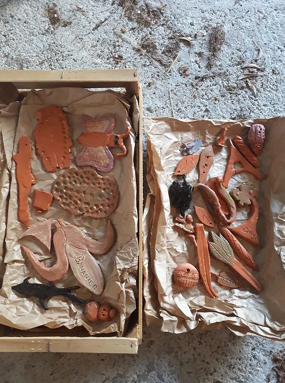 Journée du patrimoine réalisation d'objets en terre cuite.
