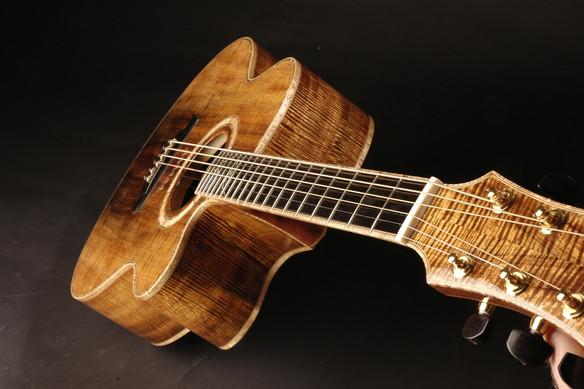 Flitch matched all Koa guitar